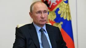 Зюганов: Российский президент имеет больше полномочий, чем царь, фараон и генсек вместе взятые